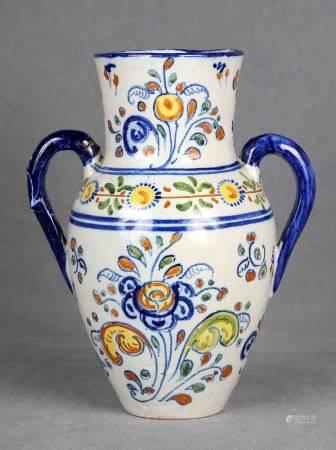 MONTEMAYOR, JULIÁN. Jarrón, circa 1930. En cerámica española de TALAVERA, primera [...]