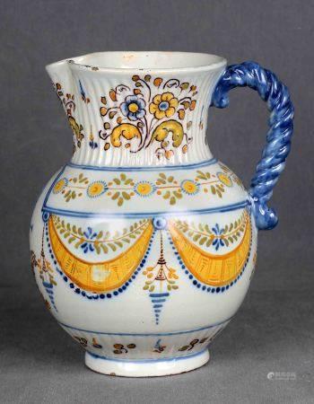 RUIZ DE LUNA. Jarra, circa 1910-1920. En cerámica española de TALAVERA, primera [...]