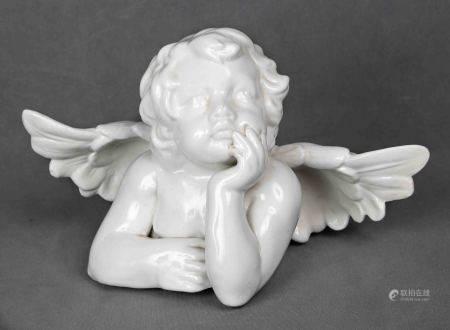 """""""Ángel"""". En porcelana vidriada en color blanco. Marcas en la base. Med.: 20x33 cm.  -"""