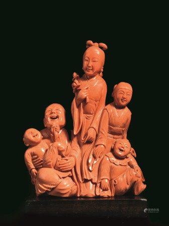 GRUPPO IN CORALLO, CINA, SEC. XIX  - raffigurante famiglia composta da cinque figure, [...]
