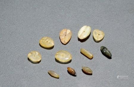 商•和田玉小型玉贝币一组十一枚