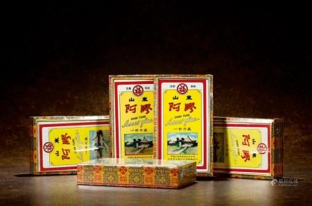 1981-1982年福牌阿胶(精装)