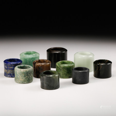 CHINESE SET OF 10 JADE THUMB RINGS