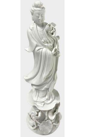 Guanyin in white porcelain. China, H 25 cm