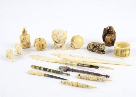 Several antique ivory elephant carvings, tallest 4.5cm, together with a double gourd shaped