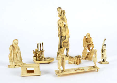 A small quantity of antique ivory carvings of Oriental figures, to include a figure of an immortal
