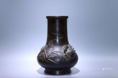清.烏龜銅瓶