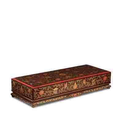 清乾隆 大漆佛教八宝花卉纹方盒