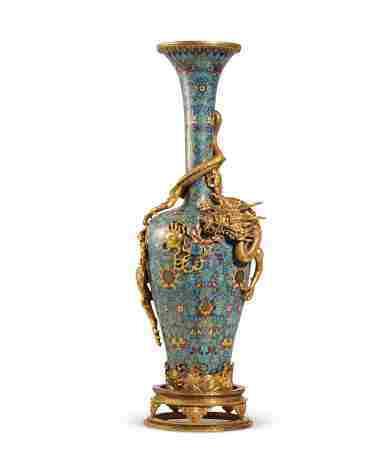 清 铜胎掐丝珐琅盘龙瓶