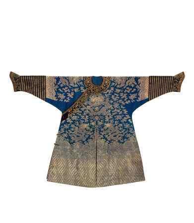 清 蓝地织金龙袍