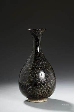 Rare Cizhou 'Partridge Feather' Glazed Yuhuchun