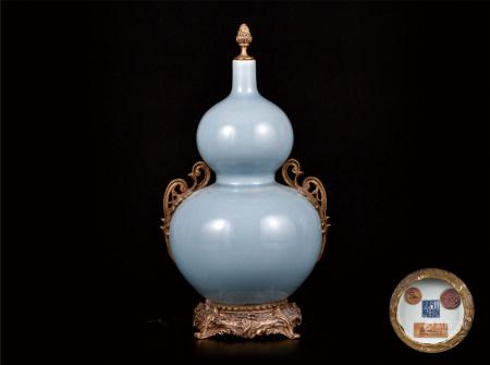 铜镶天晴蓝釉葫芦瓶 海外回流