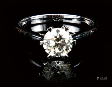 18K铂金镶钻石戒指 1.02CT