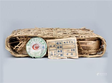 2007年  创成布朗明前早春普洱生茶(赠送礼品)