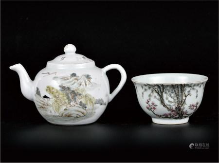 浅降彩茶壶/粉彩杏林春燕碗  一组2件