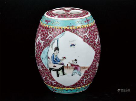 粉彩开窗人物茶叶罐