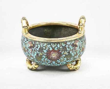 Kleiner Cloisonné Koro/Weihrauchbrenner, China, wohl 19. Jh., Bronze, vergoldet.Umlaufender Dekor