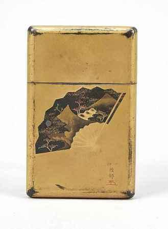Visitenkarten-Étui, Japan, um 1900 (Meiji-zeitlich). Schwarzer Japanlack mitGold-Einstreuungen.