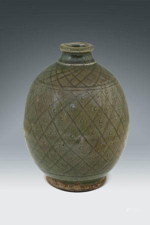 明  龍泉窯網紋瓶