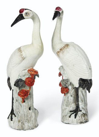 A PAIR OF WHITE CRANES