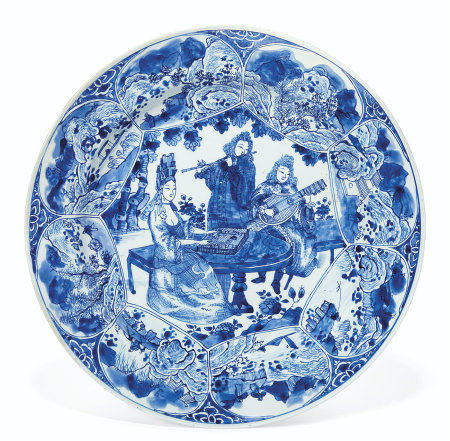A BLUE AND WHITE 'MUSICIANS' DISH