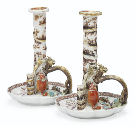 A PAIR OF FAMILLE ROSE CANDLESTICKS