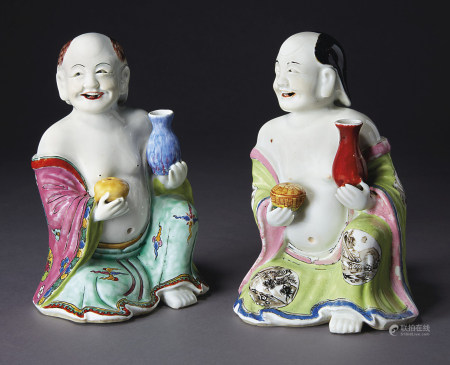A PAIR OF FAMILLE ROSE SEATED MONKS