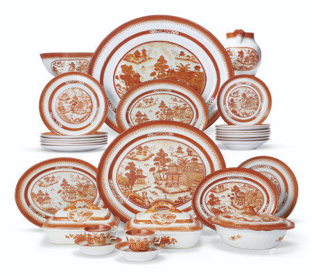 A RARE IRON-RED CANTON PATTERN PART DINNER SERVICE