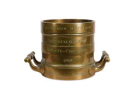 A 19TH CENTURY BRONZE IMPERIAL GALLON MEASURE FOR THE COUNTY