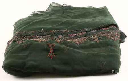 Oude Sari (omslagdoek) met borduurwerk en pailletten - 115 x 370 cm -