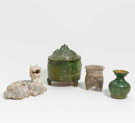 FOUR EARLY CERAMICS.