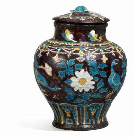 RARE FAHUA LIDDED VASE WITH PEACOCKS AND PEONIES.