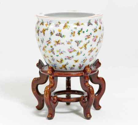 LARGE FISH POT WITH BUTTERFLIES AND GOLDFISH.