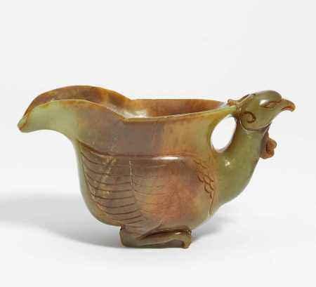 ARCHAISING LIBATION CUP IN THE SHAPE OF A BIRD.