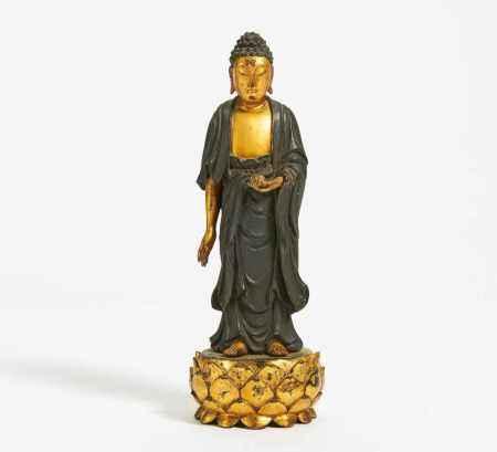 STANDING AMIDA BUDDHA ON LOTOS BASE.