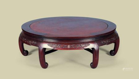 清代(1644-1911) 红木嵌瘿木面夔龙纹圆桌