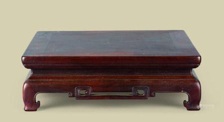 清代(1644-1911) 红木如意云纹四方小台