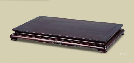 清代(1644-1911) 紫檀卷草纹长方台