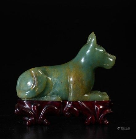 A jade sculpture, China, Qing Dynasty, 1800s