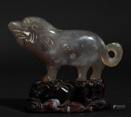 An agate lion, China, 1900s