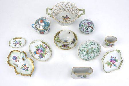 A collection of Herend porcelain, 20th century, to comprise a collection of items with flowers and