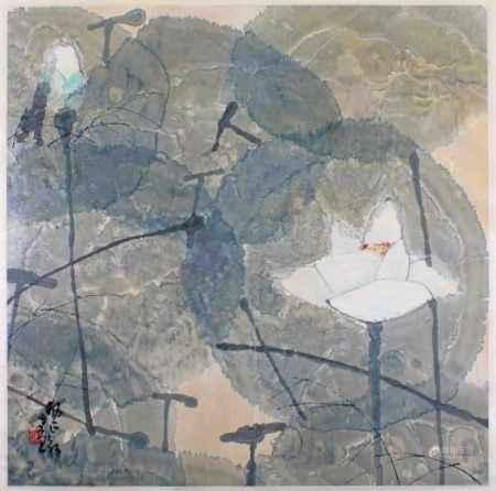 """Malerei, """"Lotos"""", China, Tusche und Farben auf Papier, signiert und Siegel unten links Yang Zhengxin (geb. 1942), 66 x 66 cm, mit Seidenstoffumrandung unter Glas gerahmt"""