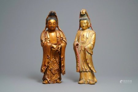 Two large Chinese gilt-lacquered wood figures of Guanyin, 18/19th C.