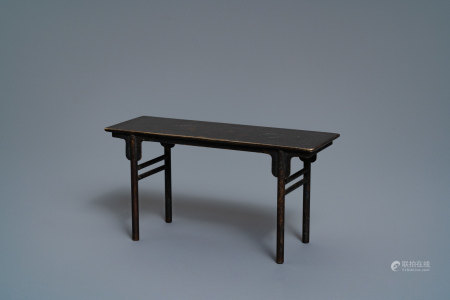 A Chinese bronze miniature model of a scholar's table, 19th C.
