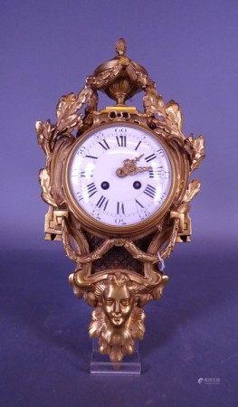Horlogerie: Horloge murale en bronze fin 19e-déb 20eS mouvement rond de Paris à [...]