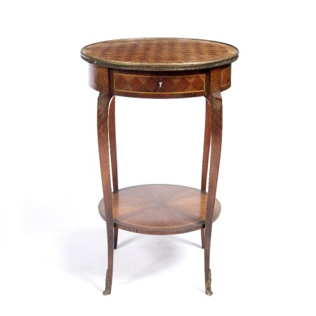 French kingwood occasional table inlaid to the top in chequered pattern with a lower tier, the