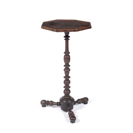 Oak candle stand 17th/early 18th Century with octagonal shaped top supported by a repeating baluster