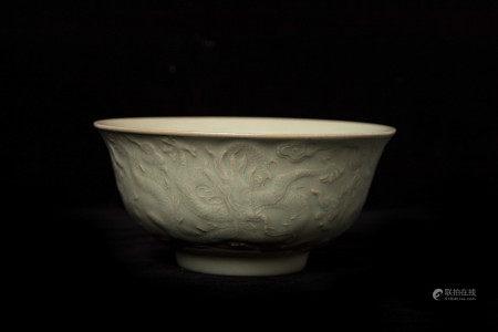明代龙纹碗