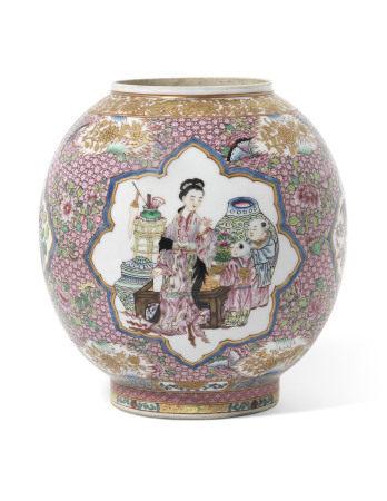 18TH CENTURY 清十八世纪 粉彩描金人物故事图灯