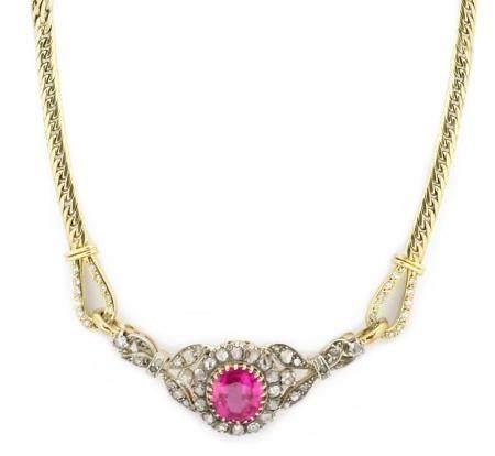 Gargantilla en oro amarillo de 18k de rubí y diamantes.